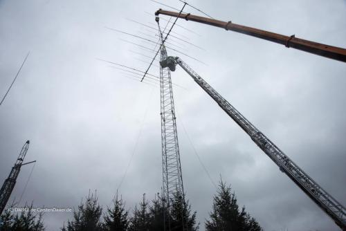 Big-Tower-Antenna-goes-up